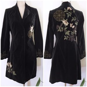 EUC CAbi Antoinette Floral Embroidered Velvet Coat